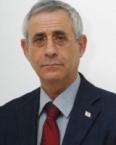 מרדכי קידר, ד